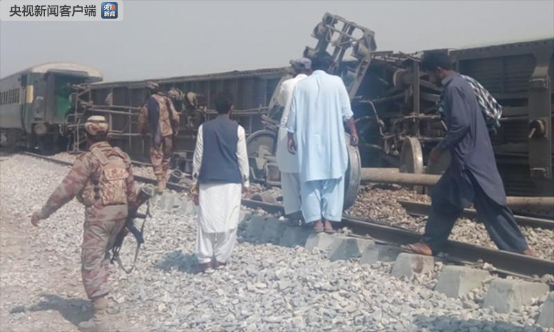 巴基斯坦一列火车遭爆炸袭击 造成4人死亡多人受伤