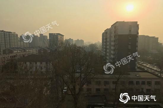 北京今日最高温25℃ 明后天风雨将至累积降温11℃