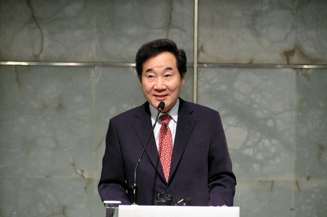 """韩国总理称期待日韩首脑会谈 """"今年有2次机会"""""""