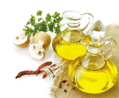 食用油:一油到底 伤味又伤身