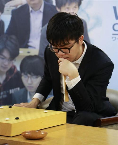 第三届世界围棋最强棋士战 柯洁闯入决赛