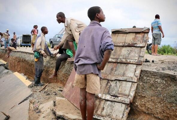莫桑比克遭强寒带气旋打击 已致至多217去世