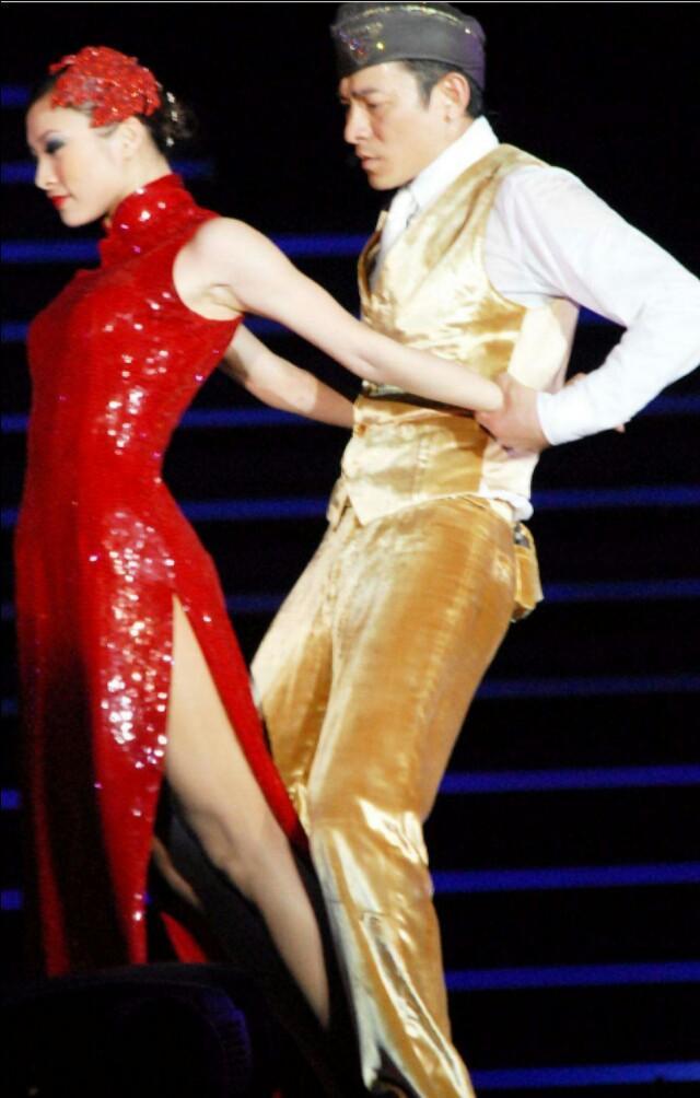 刘德华自费重启红馆演唱会,只为弥补歌迷遗憾!