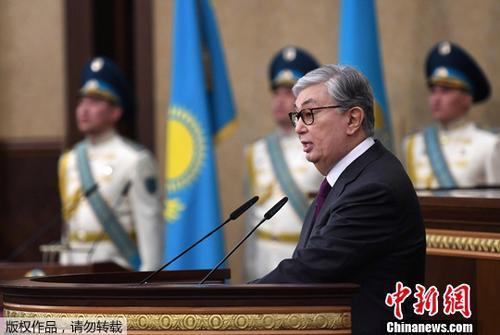 """哈媒:在中国生活8年多 哈萨克斯坦新总统称自己是""""汉学家"""""""