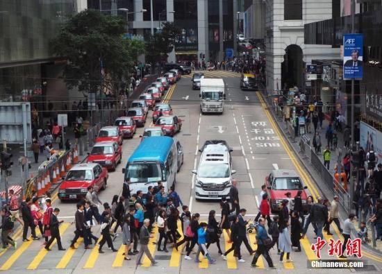 港媒:香港失业率维持2.8% 旅游相关服务业失业率下降