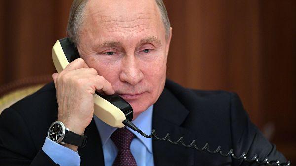 普京与哈萨克斯坦新总统通话 商定新总统近期访俄