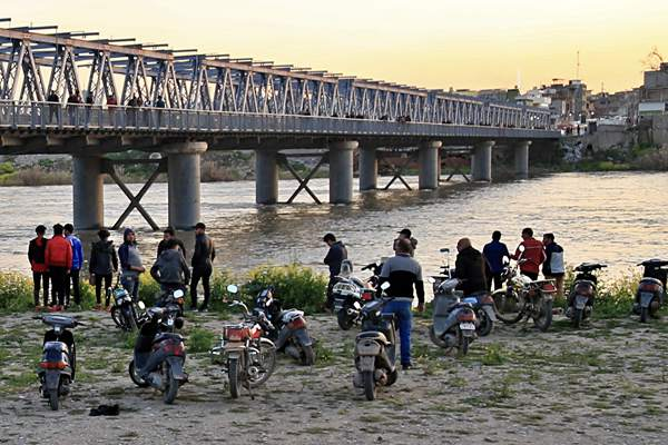 伊拉克北部一渡轮沉没 遇难人数上升至93人