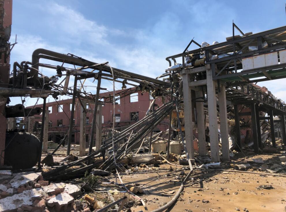 直击盐城化工厂爆炸后核心区现场 一片狼藉!