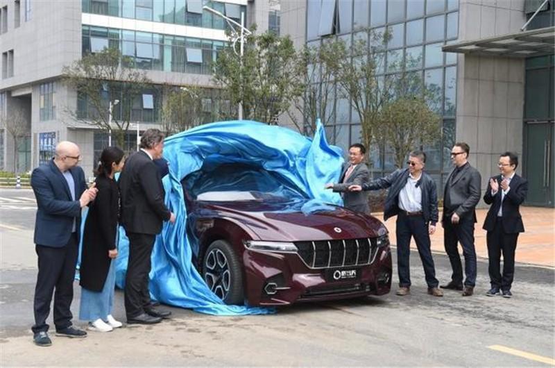 格罗夫氢能汽车亮相武汉 上海车展开启预售