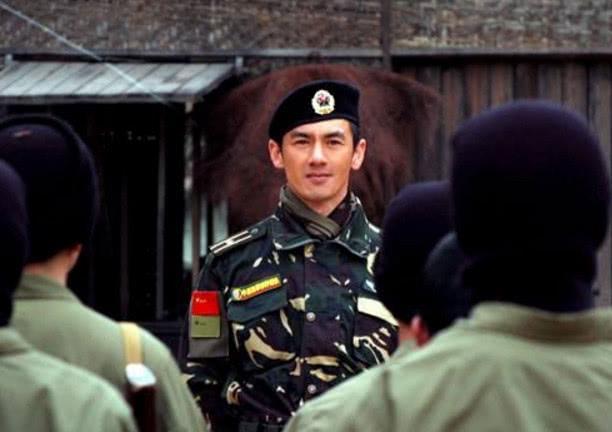 他曾是刘欢保镖,一只手打败吴京!出演《射雕英雄传》一炮而红