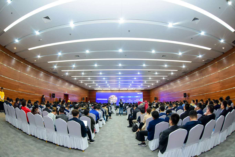 华为中国生态伙伴大会2019智简网络峰会圆满召开
