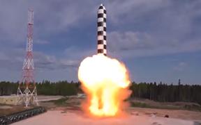 俄罗斯?#20309;?#20204;的新型洲际导弹,能撕碎任何防御系统