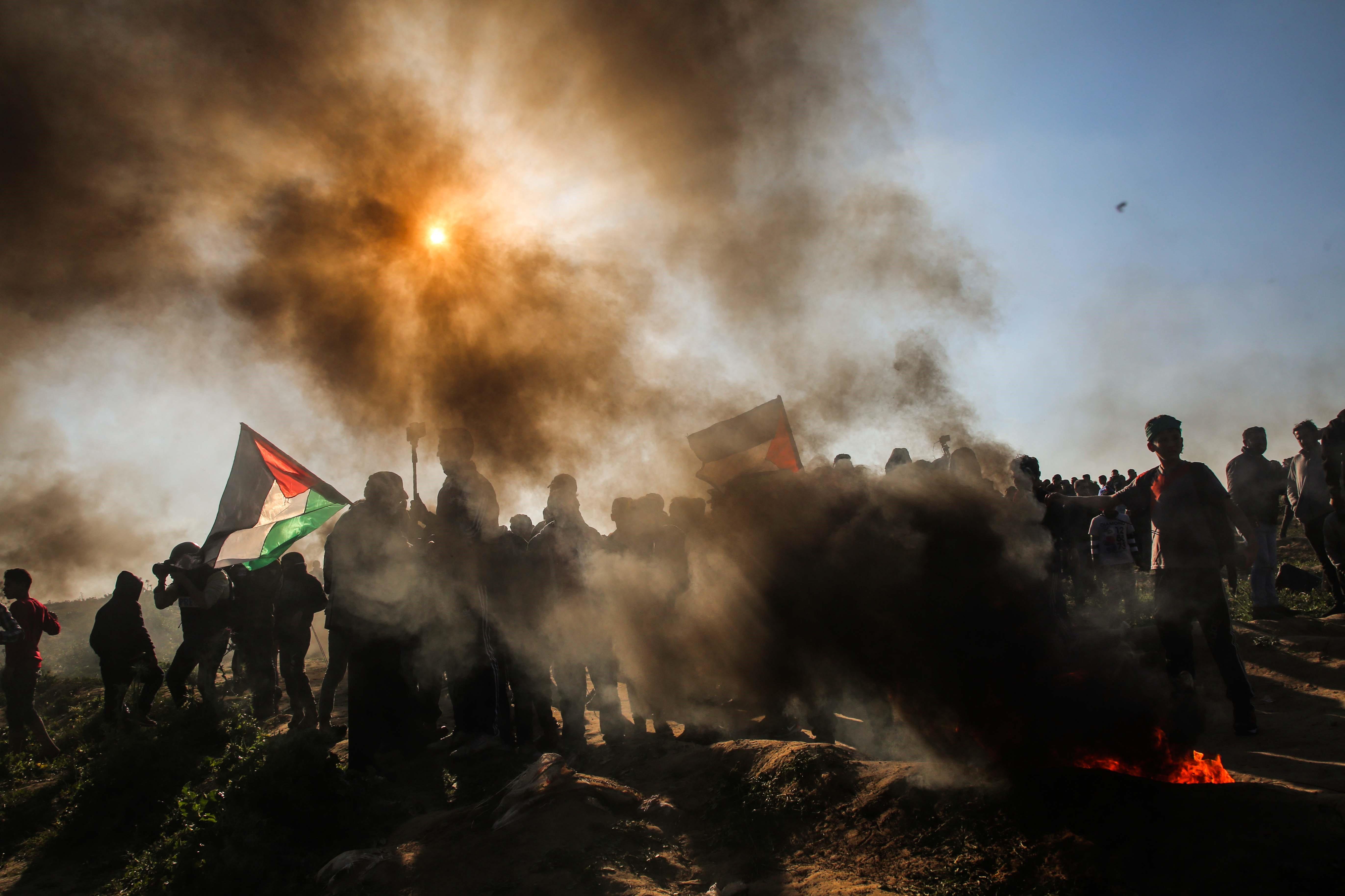 巴勒斯坦人在加沙地带示威再遭以军开枪 致2死62伤