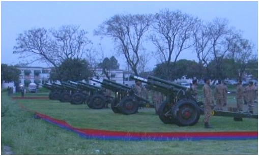 中国空军歼-10亮相巴基斯坦国庆阅兵,上演16分钟震撼特技!