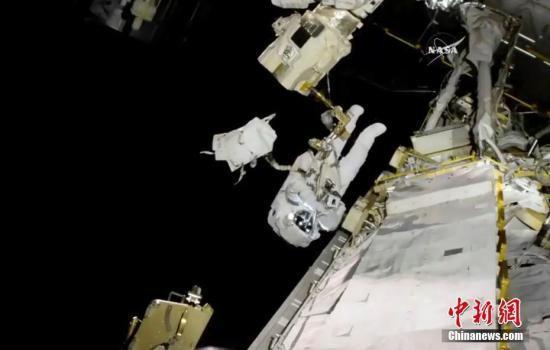 2019首表态:NASA宇航员为调换电池举行太空行走