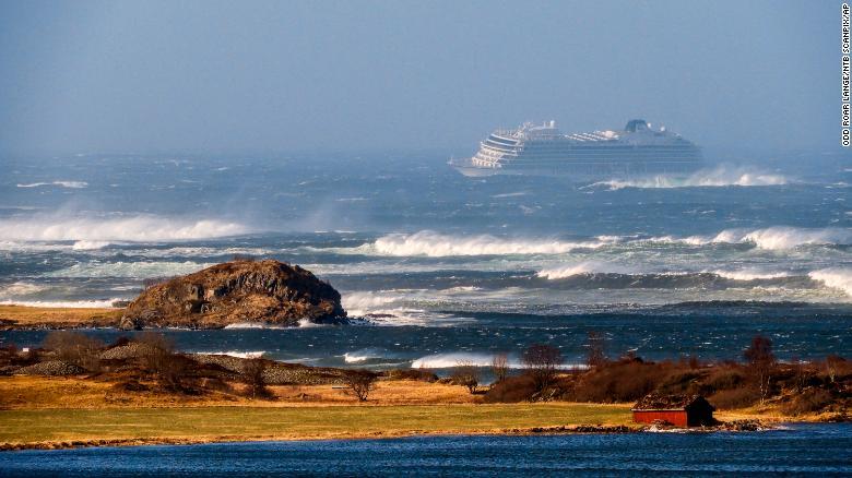 危险救援|挪威邮轮引擎故障 上千人等待救援