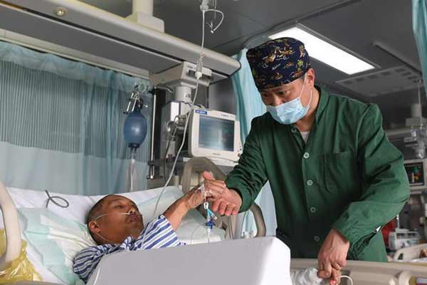 为了617个生命的赛跑—江苏响水爆炸事故伤员救治一线实录