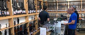 """新西兰禁枪后要求""""上缴""""武器"""