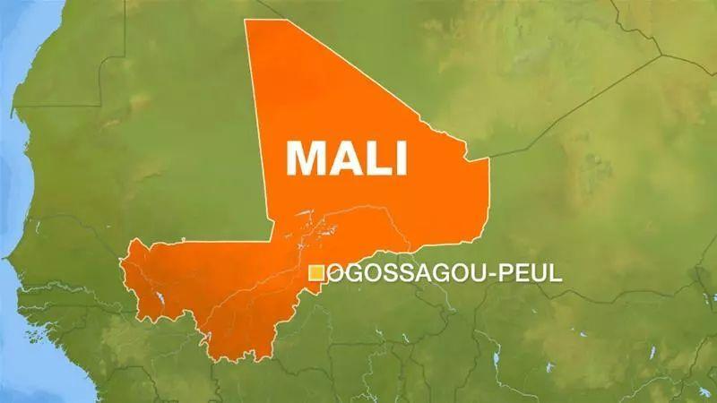 马里屠村已致134死,丧生人数可能还会增加