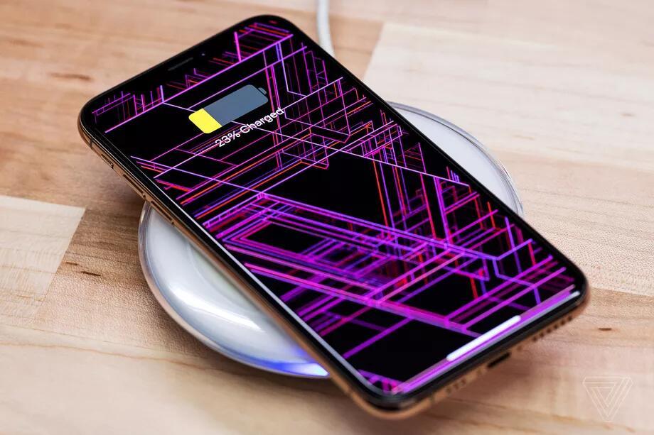 中国供应商:苹果新iPhone能为其它设备无线充电