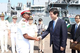 日本海上自卫队和吉布提海岸警卫队进行联合演练