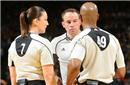 吃力不讨好的NBA裁判究竟干得是怎样一份工作?