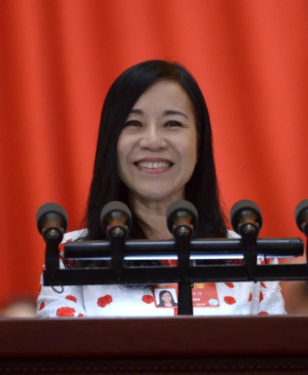 凌友诗拒交台当局罚款:在自己国家担任公职何罪之有