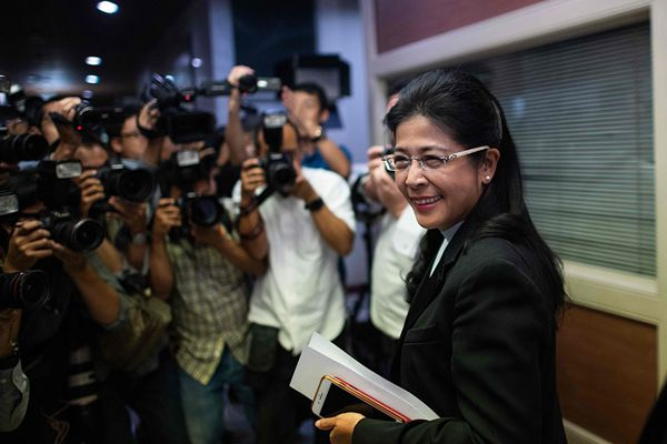 泰国大选公民力量党暂领先 为泰党候选人素达拉召开发布会
