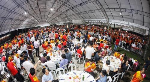 新媒:新加坡华侨中学百年校庆 李显龙:华校肩负传承责任