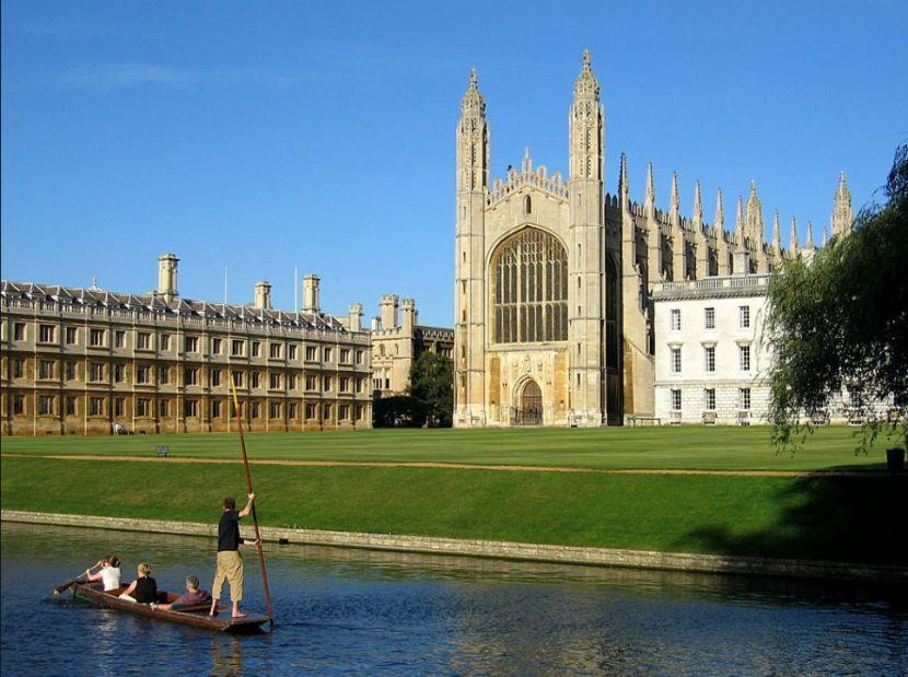 剑桥大学认可中国高考成绩!网友:不用纠结上清华还是北大了
