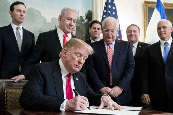 特朗普签署公告,正式承认以色列对戈兰高地拥有主权