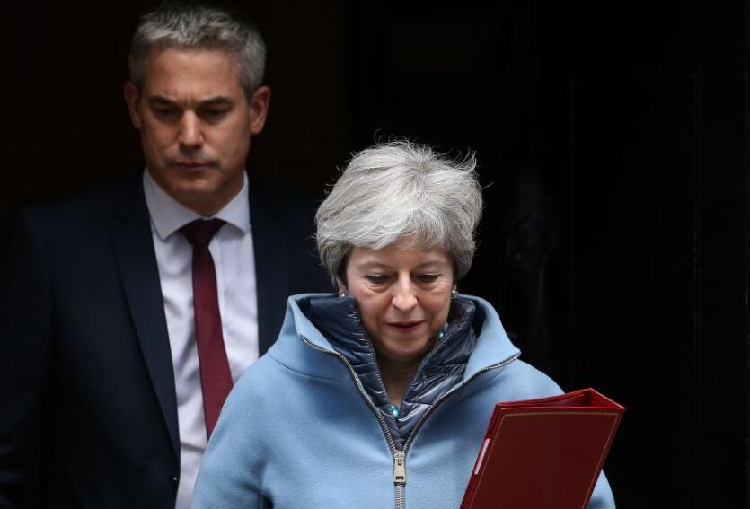 英下议院投票通过国会主导脱欧进程 特雷莎•梅:愿用辞职换取协议通过