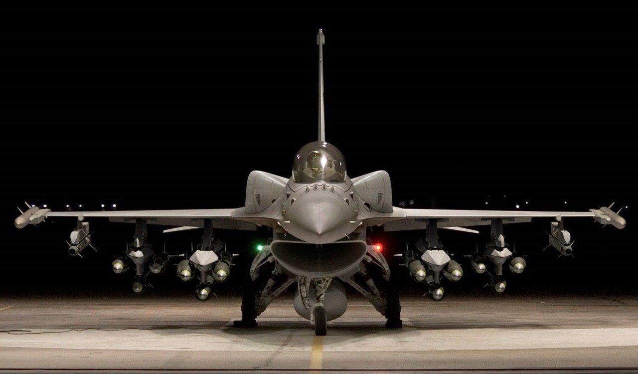 台军两上将访美引发猜测 或与采购F-16战机有关