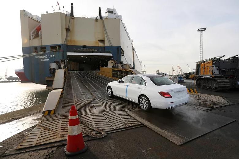 特朗普:欧洲车企在美建厂可避免关税