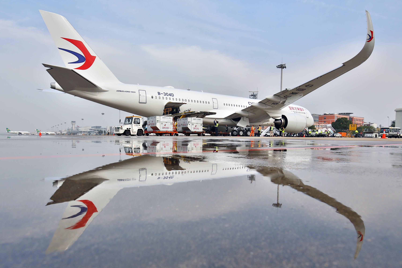 """東航上海—羅馬航線8周年啟用新型A350-900 打造""""一帶一路""""文化交融之旅"""
