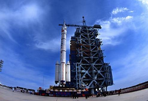 长征九号重型运载火箭发动机联试成功