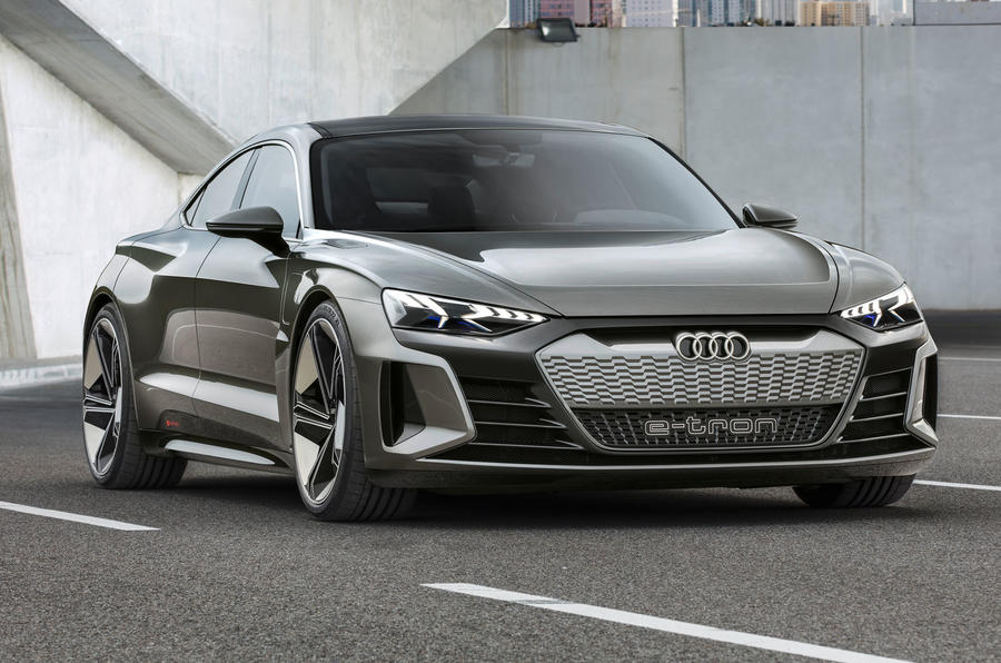 奥迪拟2023年推出A4尺寸电动轿车