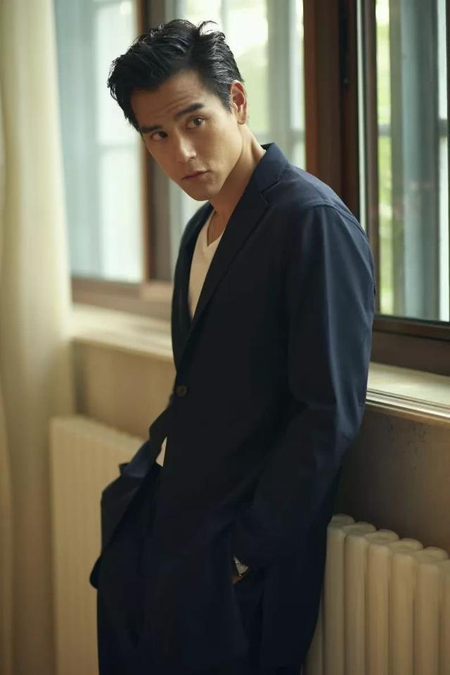 在彭于晏37岁生日时,他的肌肉也太具有魅力了吧!网友:真诱人
