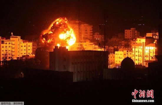 以军空袭加沙地带 阿巴斯谴责以方制造紧张局势