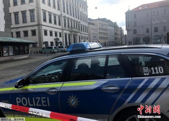 德国6个市政厅收炸弹威胁 警方已疏散人群