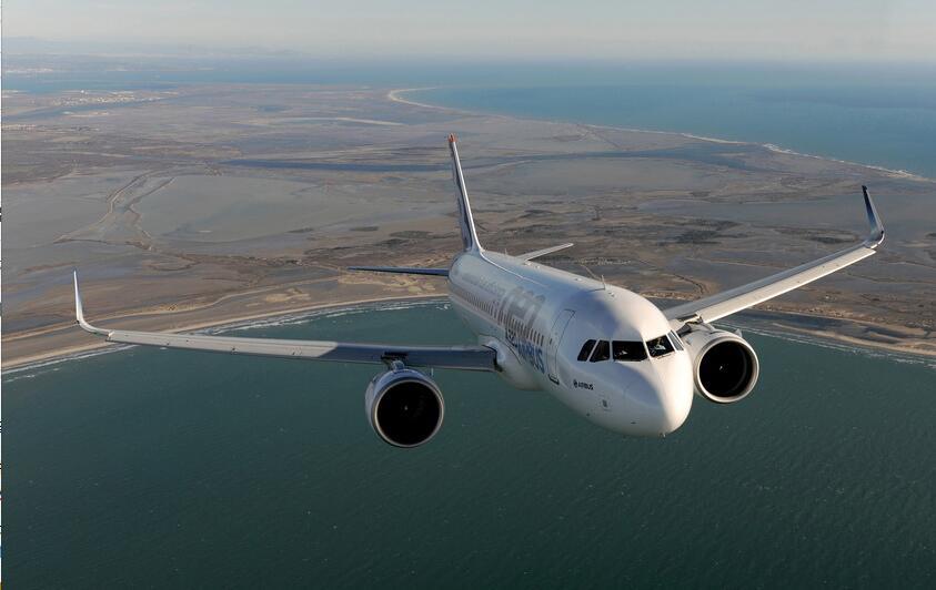 中法簽署超級客機合同 采購300架空客飛機