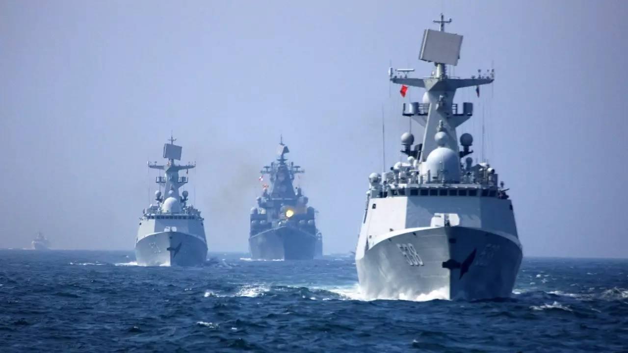 俄媒:中俄4月底将举办海上军演 动用战机和潜艇