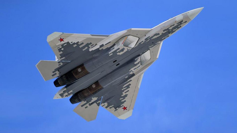 俄在马来西亚展出苏57五代机 向该国总理推销