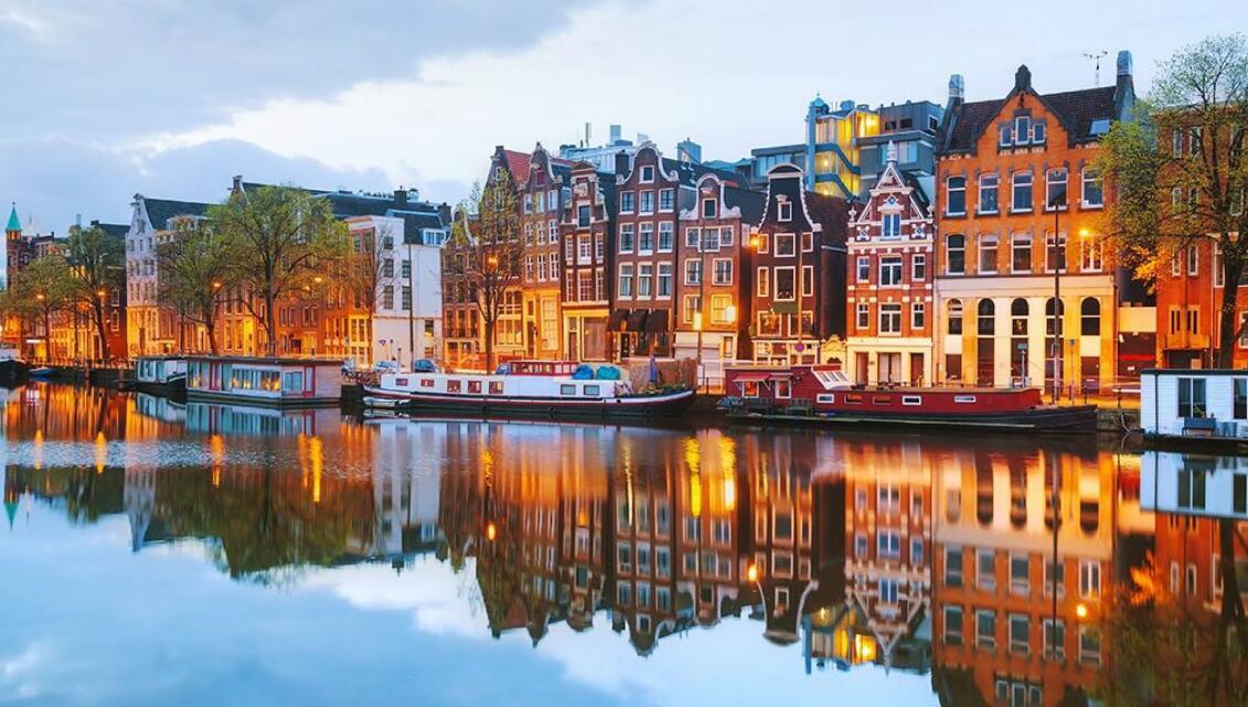 阿姆斯特丹红灯区旅游要被禁了,理由是……