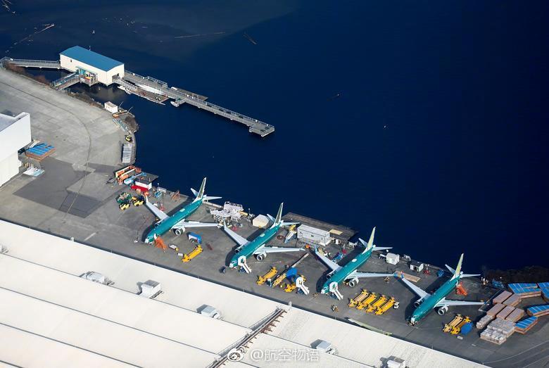 航拍波音工厂 众多737MAX停放待交付