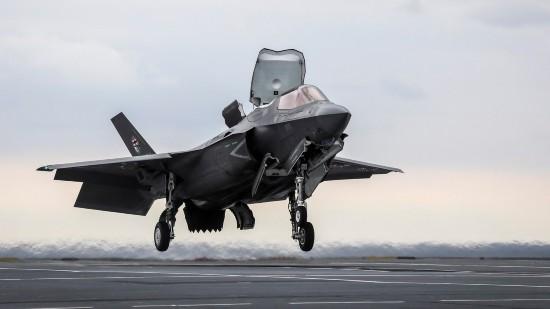 外媒:驻日美军演练夺岛新战术被指或针对中国南海