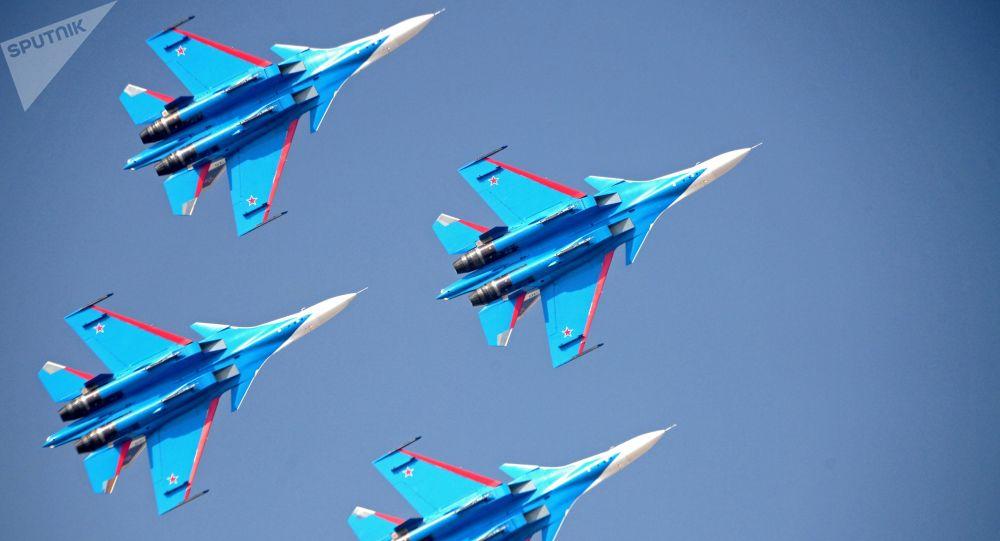俄媒:勇士飞行表演队计划换装苏-35战斗机