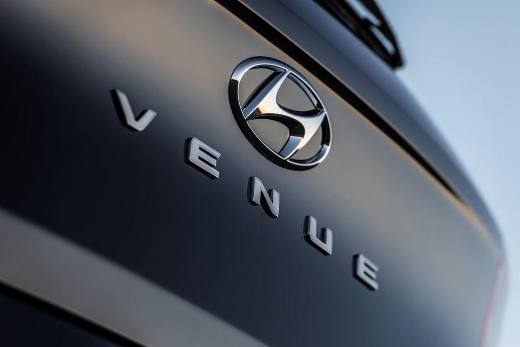 现代全新入门级SUV定名Venue 纽约车展首秀