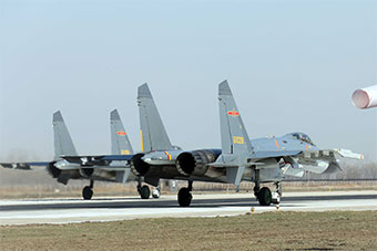北部战区空军跨昼夜转场机动为实战而生