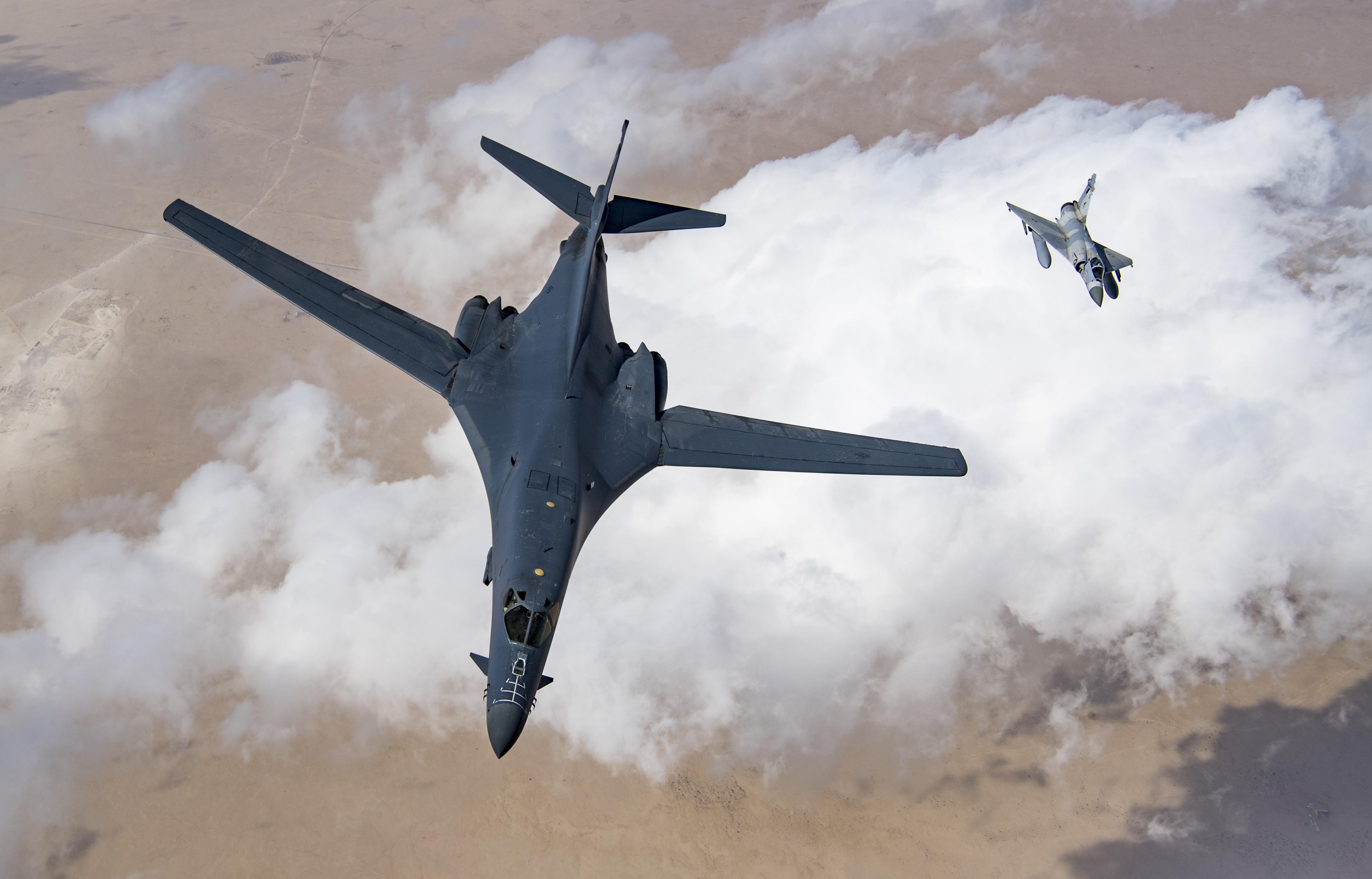 美空军停飞B-1B超音速轰炸机 逃生系统被曝故障